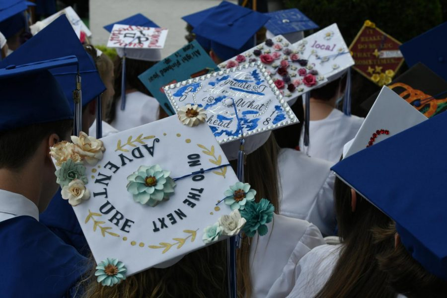 Many+seniors+decorate+their+graduation+caps+to+celebrate+their+special+day.++